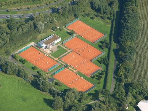 Luftbild Tennisplatz